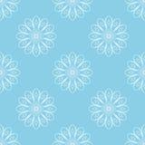 Ljus - blå sömlös bakgrund med vitabstrakt begreppblommor stylized blom- modell Arkivbilder