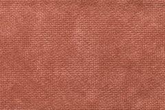 Ljus - brun fluffig bakgrund av den mjuka ulliga torkduken Textur av den ljusa nappytextilen, closeup royaltyfria foton