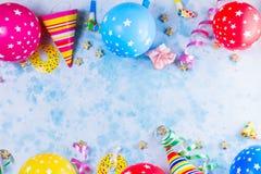 Ljus färgrik karneval- eller partiplats royaltyfria bilder