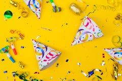 Ljus färgrik karneval- eller partiplats arkivbilder