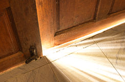 Ljus för öppen dörr Royaltyfria Foton