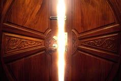 Ljus för öppen dörr Arkivfoton