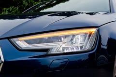 Ljus för Audi A4 Avant 45 TFSI quattrohuvud Royaltyfria Foton