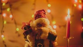 Ljus för Santa Claus Christmas gåvastearinljus Arkivbilder