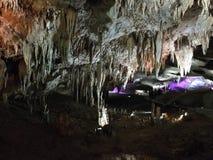 Ljus felik show i grottan av Prometheus Royaltyfri Bild