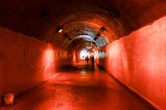ljus fot- tunnel för slut Royaltyfri Foto