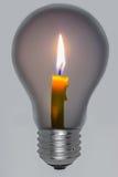 Ljus från stearinljus i lampor. Royaltyfri Fotografi