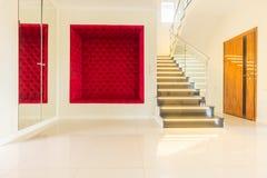 Ljus huskorridor royaltyfri bild