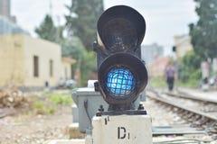ljus järnväg red visar signaleringstrafik Arkivfoto