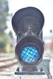 ljus järnväg red visar signaleringstrafik Fotografering för Bildbyråer