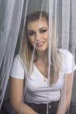 Ljus mörk makeup på en flicka Royaltyfri Fotografi