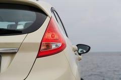 ljus modern baksida för bil Arkivfoton