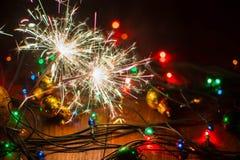 Ljus och leksaker 11 för ` s för nytt år Arkivfoton