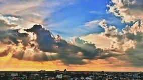 Ljus och moln Arkivbild