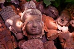 Ljus och skugga på den Asien skulpturen Fotografering för Bildbyråer