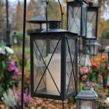 Ljus på kyrkogården Royaltyfria Foton
