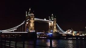 Ljus på Themsen Royaltyfria Bilder