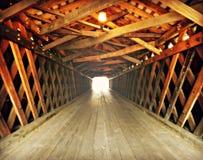 Ljus på slutet av tunnelen Royaltyfria Bilder