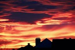 ljus röd solnedgång Arkivfoton