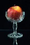 Apple i en vase Royaltyfria Foton