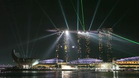 Ljus show på Marina Bay Sands i Singapore lager videofilmer