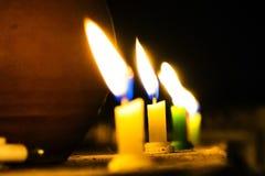 Ljus ska vägleda dig som är hem- Royaltyfri Bild