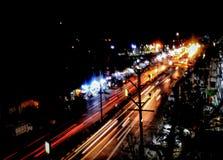 Ljus slinga i en citylight royaltyfria bilder