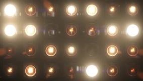 Ljus som exponerar etappen för VJ-öglasglöd stock video