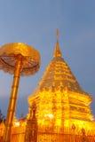 Ljus suthep för doi för phrathat för aftonpagodwat på chiangmaien Arkivfoton