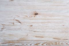 Ljus träbakgrund för tappning Naturligt trä med fnuren och den synliga strukturen för brunn texturerad yttersida arkivbilder