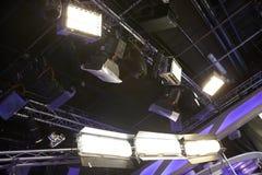Ljus utrustning för bio och för tv arkivfoto