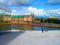 Ljusa färger av staden av Oslo norway royaltyfri bild