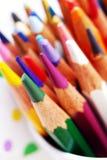ljusa färga palettblyertspennor för konst Royaltyfri Fotografi