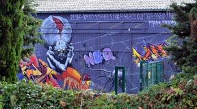 Ljusa grafitti i Toulouse Arkivbild