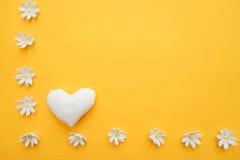 ljusa hjärtor för bakgrund Royaltyfria Bilder