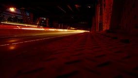 Ljusa strimmor i NYC från drottningbron Arkivfoto