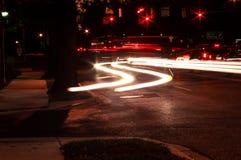 ljusa trafiktrails Fotografering för Bildbyråer