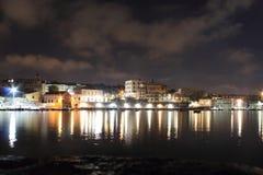 Ljusen i natten Granatello Portici, Italien Royaltyfria Bilder