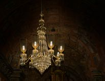 Ljuskrona i den St Francis kyrkan, goa, Indien arkivbilder