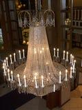 Ljuskrona i rikt hotell i Louisville Kentucky USA arkivbild