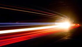 Ljusslingor i tunnel Arkivbild