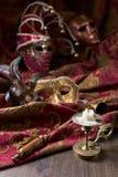 Ljusstake- och karnevalmaskeringar Arkivbild