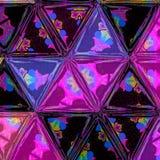 Ljust abstrakt begrepp skära i tärningar violett och purpurfärgad triangelbakgrund Royaltyfria Foton