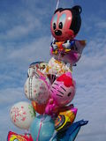 Ljust behandla som ett barn ballonger Royaltyfria Foton