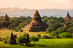 Ljust burma för Myanmar hedniskt kungarike för bagan tempel lopp Arkivbild