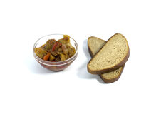 Ljust grönsakmål med bröd Arkivbilder