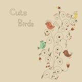 Ljust kort med gulliga fåglar och den härliga prydnaden Arkivbilder