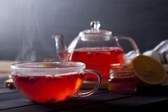 ljust rödbrun varm tea Arkivfoton