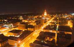 Ljust se för natt till huvudstadbyggnad, Springfield Illino Arkivfoton