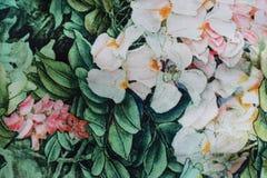 Ljust tyg med det blom- trycket Royaltyfri Fotografi